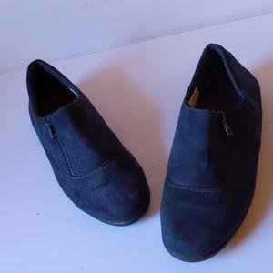 Propet navy blue fabric shoes-sz 9 1/2
